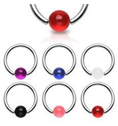 Bague avec des boules de couleur